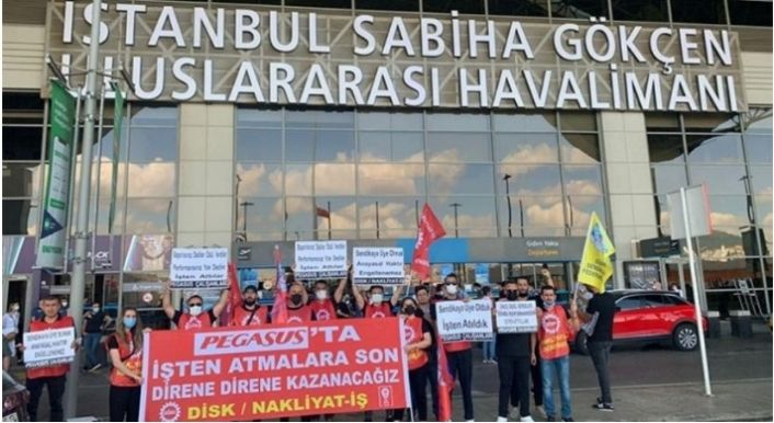 Pegasus'a işçi kıyımı protestosu