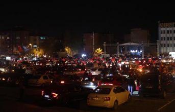 Kartal'da Cumhuriyet Bayramı Arabalı Konser ile Kutlandı.