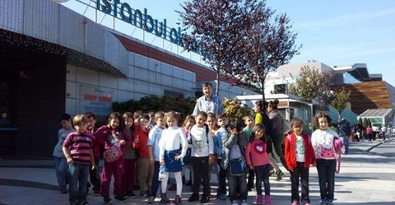 Yakacık Hasanpaşa İlkokulu öğrencileri İstanbul Akvaryuma hayran kaldı.