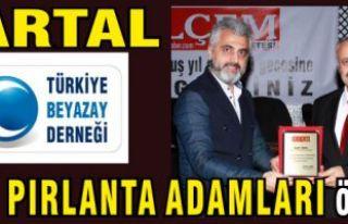 Beyazay Derneği Kartal Şube Başkanlığına Pırlanta...