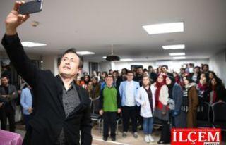 Tuzla Belediyesi Gençlik Merkezi'nden Üniversiteye...