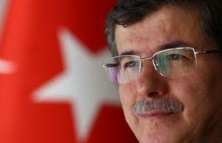 İşte Davutoğlu'nun 154 kişilik kurucular...