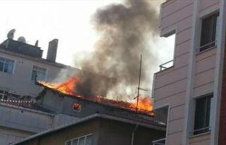 Kartal'da Yangın mahalle halkını korkuttu.