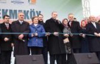 Cumhurbaşkanı Çekmeköy'de toplu açılışlar yaptı.