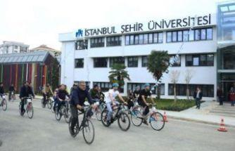 İstanbul Şehir Üniversitesi'nden Komşu Bursu!