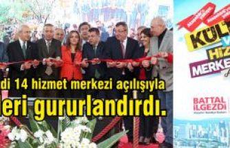 Battal İlgezdi 14 hizmet merkezi açılışıyla CHP'lileri gururlandırdı.