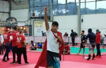 Dünya Şampiyonu İmamhatipli!