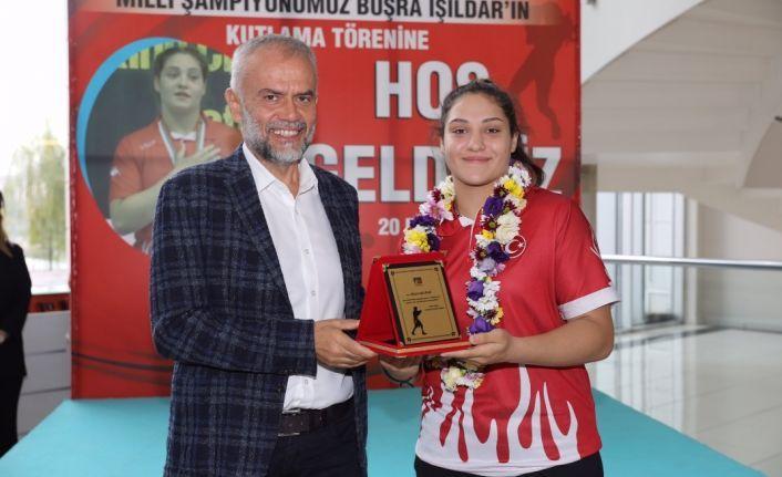 Büşra 3. Kez Avrupa Şampiyonu.